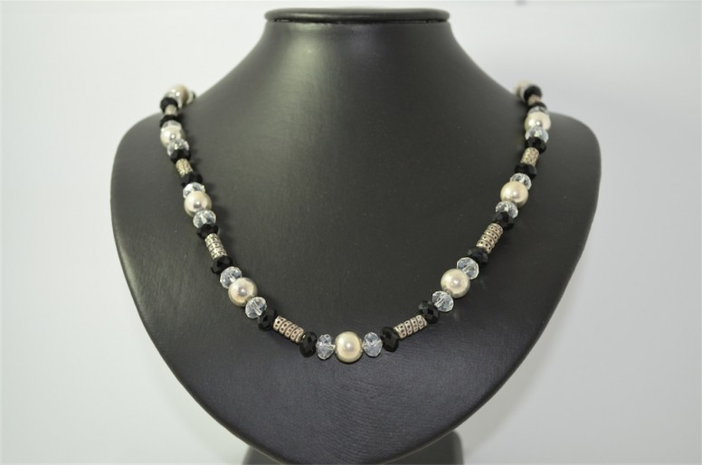 Necklace N01960